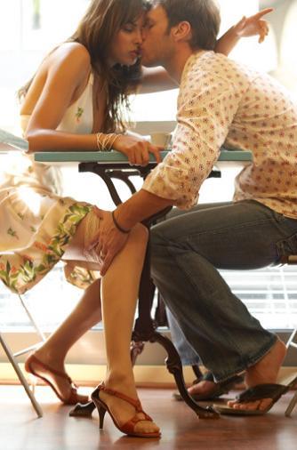 Как перевести знакомство в секс?
