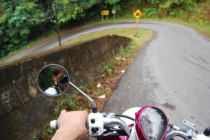 glass_motorbike_2